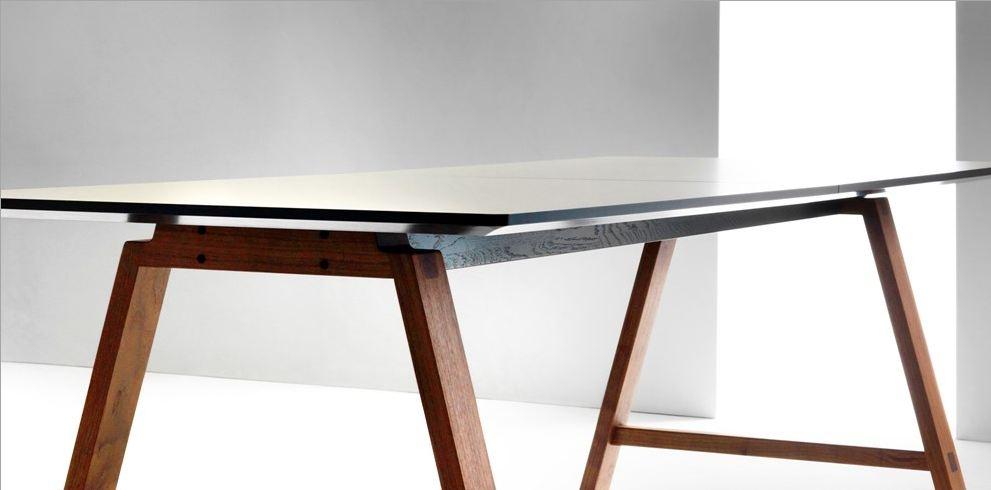 bykato asta 39 s acrobatics. Black Bedroom Furniture Sets. Home Design Ideas